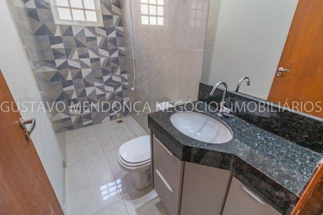 Casa térrea no Rita Vieira 1 toda reformada, com piscina e no asfalto! - Foto 8