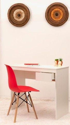 Escrivaninha  com gaveta + cadeira  - Foto 3