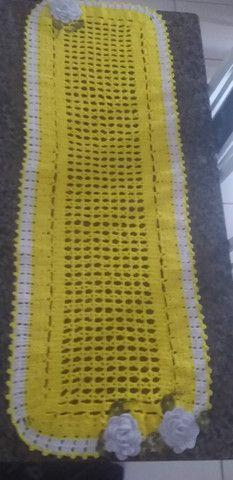 Passadeira de crochê para mesa - Foto 2