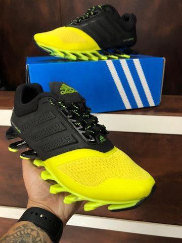 Tênis adidas Springblade 300,00 - Foto 4