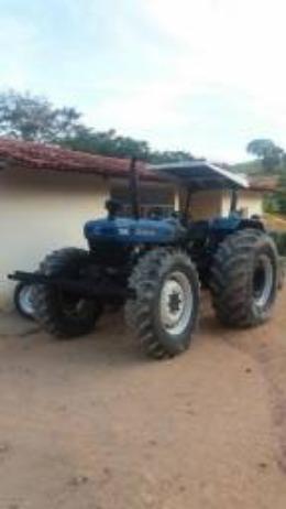 Trator agricola traçado NH/Ford 2005