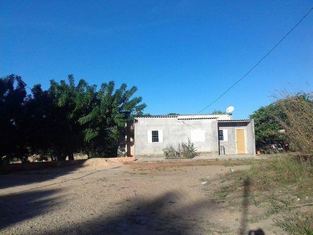 Vende-se ou Aluga-se chácara grande e barata com casa nova e area de garimpo