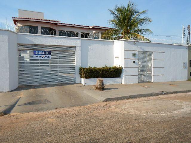 Casa com 4/4 na 603 Sul em Palmas por 3.000,00