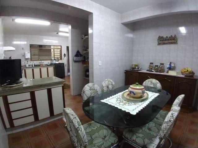 Excelente Sobrado QE 28 Guará 2, 5 suítes, 5 vagas de garagem cobertas + lazer - Foto 15
