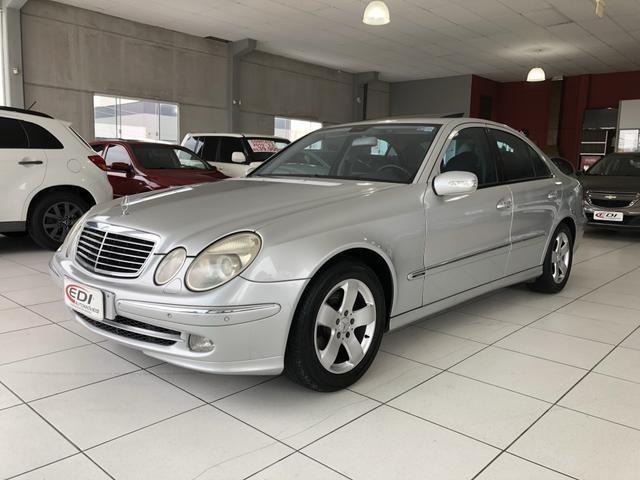 Mercedes-Bens E 320 ano 2004 impecável - Foto 4