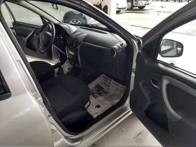 Renault Sandero 1.0 expression ano 2014 - Foto 10