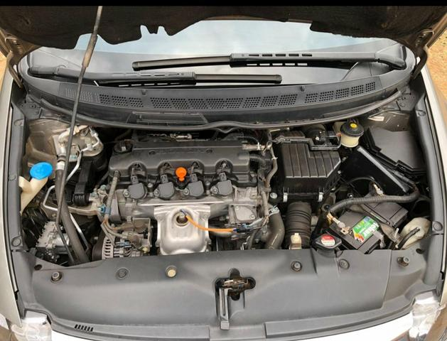 Civic LXS 1.8 - Foto 3