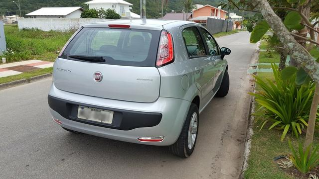 Vendo Fiat Punto Attrative 1.4 8v Fire - Foto 4