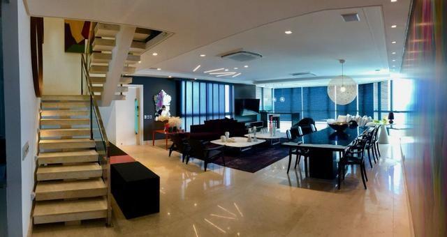 Vendo Cobertura TOP na avenida Boa Viagem com 4 suites