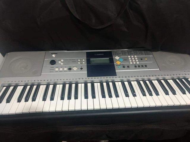 Teclado Yamaha E323 - Foto 3