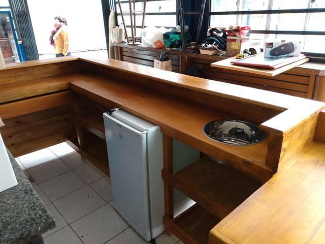 Balcão restaurante madeira maciça.700.00 - Foto 2