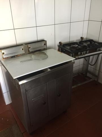 Passo Ponto Restaurante Self-Service ou Para Outro Ramo em São Pedro da Aldeia - Foto 17