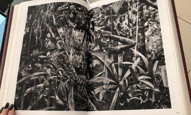 Livro Gêneses Sebastião Salgado - Foto 3