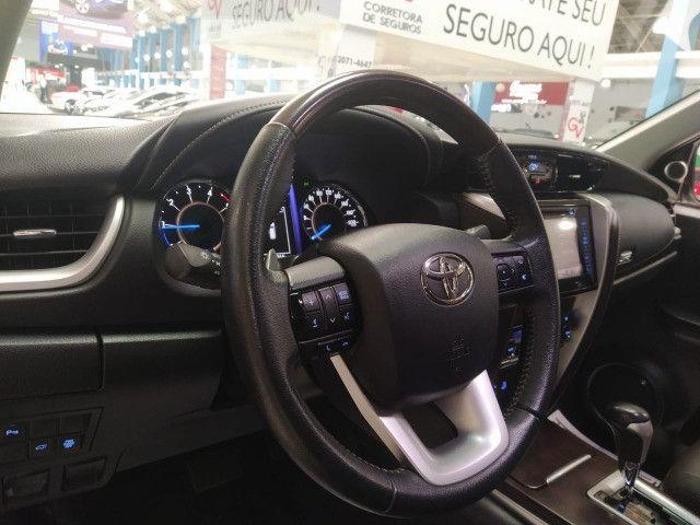 Toyota Hilux SW4 SRX 2.8 4x4 Turbo Diesel Automática 2018 - Foto 5