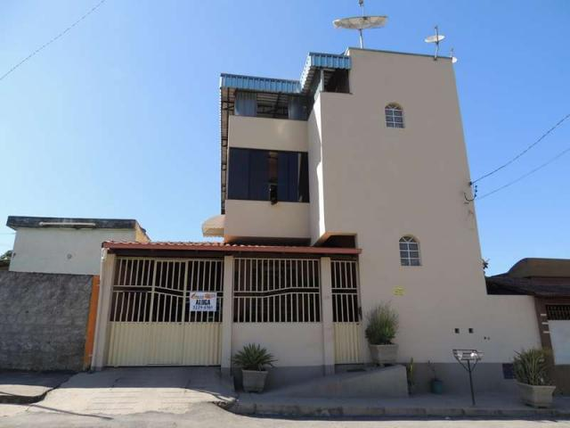 Apartamento para aluguel, 3 quartos, 1 suíte, 1 vaga, Maria Helena - Divinópolis/MG