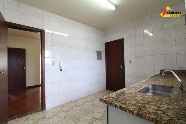Apartamento para aluguel, 3 quartos, 1 suíte, 1 vaga, Catalão - Divinópolis/MG - Foto 15