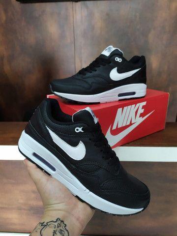 Tênis Nike Air Max I $180 - Foto 2