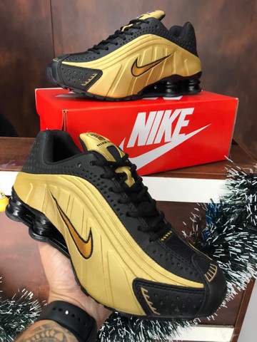 Tênis Nike shox r4 $270 - Foto 6