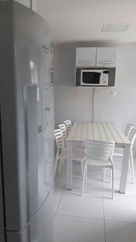 1884 - Casa - 05 Qts/03 Suítes - 10 Vagas - Mobiliado - Jardim - 300 m² - Serrambi - Foto 7