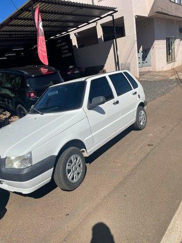 Vendo Fiat uno 2013 com ar  - Foto 3