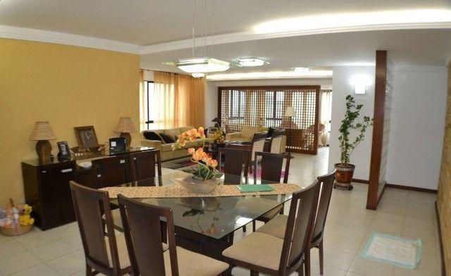Apartamento 05 Suítes, 221,5m², um por andar em Miramar - Foto 3