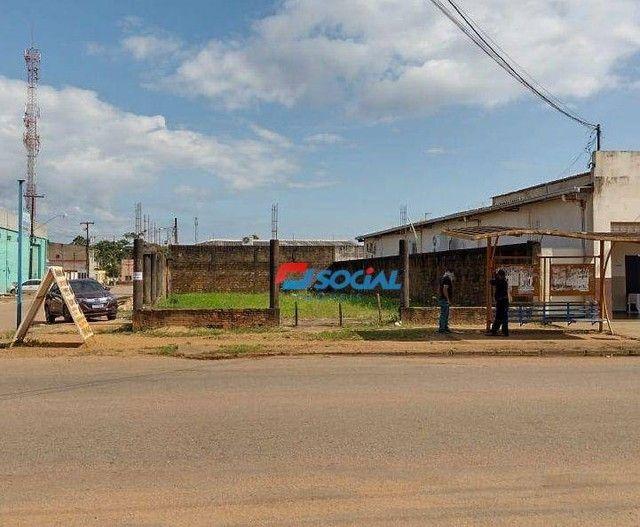 Terreno Comercial de Esquina para Locação em Localização Privilegiada, Av. Jatuarana (100m - Foto 3