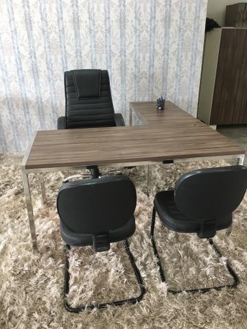 Mesa inox - cadeiras de escritorio. Moveis de Show room