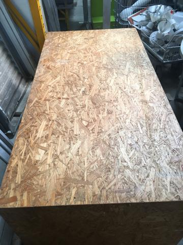 Mesa de madeira maciça!!!! Ótimo estado de conservação - Foto 2