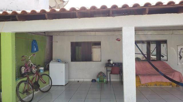 Casa simples com iptu 3quartos lote 270m2 rua 8vila São José Vicente Pires