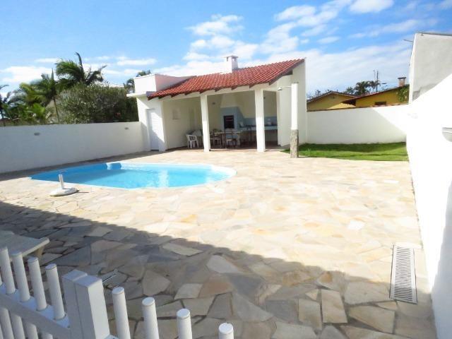 Casa com piscina em Itapoá ,3 quartos(1 suíte), ar, wifi, monit. 24h, 60 metros da praia - Foto 11