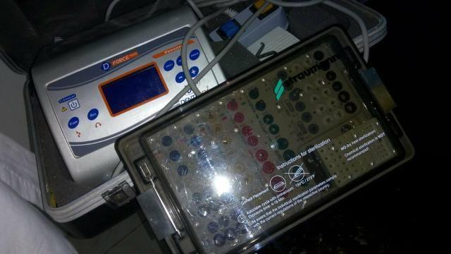 Motor de implante e kit straumam