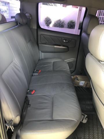 Vende-se Hilux Srv diesel 09/10 automática - Foto 4