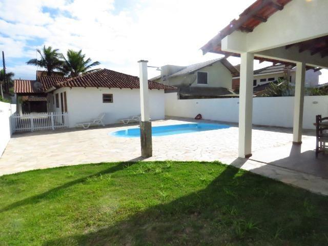 Casa com piscina em Itapoá ,3 quartos(1 suíte), ar, wifi, monit. 24h, 60 metros da praia - Foto 13