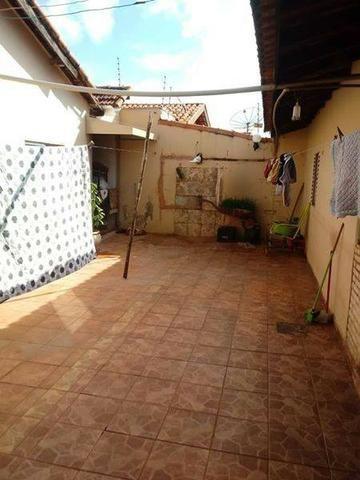 Investimento Casa Bairro Parati estudo trocas carro/moto/chácara (está alugada) - Foto 7