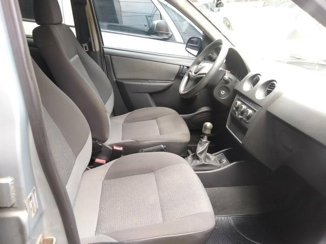 Gm/ Celta LT 1.0 Flex/GNV/completo/ 2012/ R$ 18.000,00 - Foto 5
