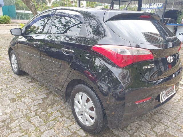 Hyundai hb20 confort style 1.6 Modelo:2014 automatico - Foto 3