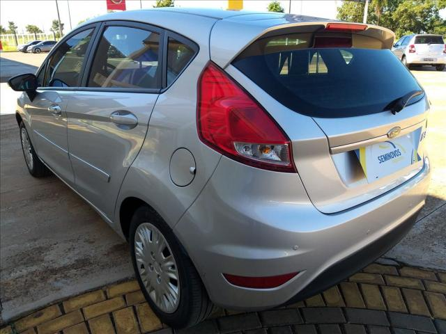 FORD FIESTA 1.6 SE HATCH 16V FLEX 4P MANUAL - Foto 4
