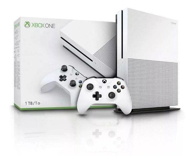 Console Microsoft Xbox One S 1TB Lacrado
