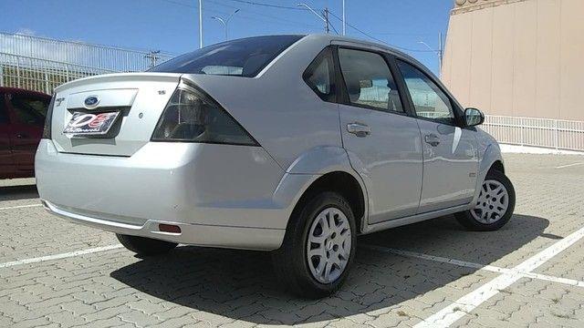Ford Fiesta 1.6 2013 - Foto 4