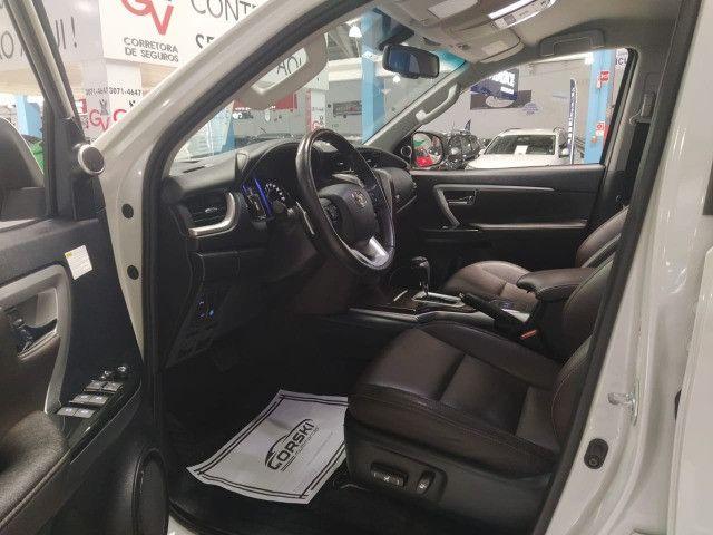 Toyota Hilux SW4 SRX 2.8 4x4 Turbo Diesel Automática 2018 - Foto 4