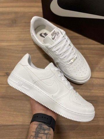 Tênis Nike Air Force Branco