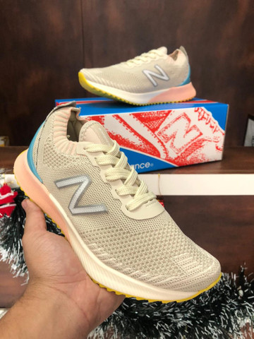 Tênis New Balance Fuelcell $280 - Foto 4