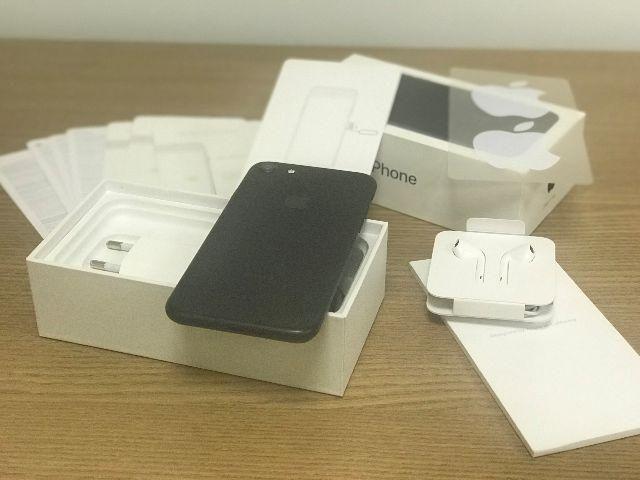 Apple iPhone 7 - 128Gb - Preto Fosco (Matte) - Completo - Garantia - Nota fiscal