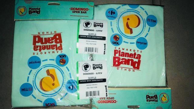 Vendo duas Camisas Planet Band