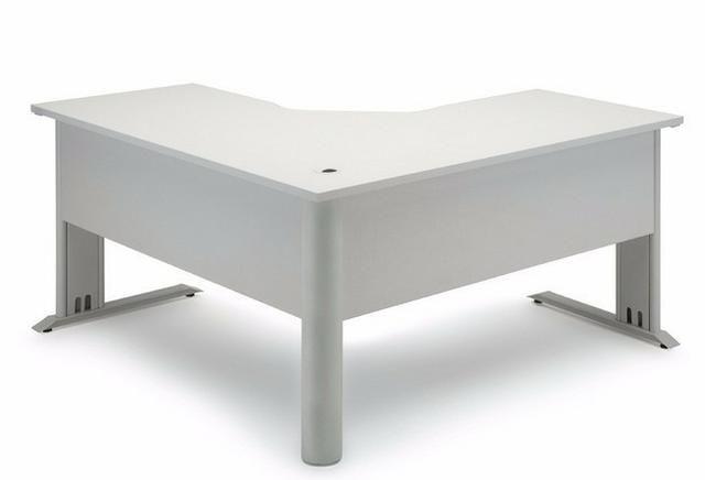 Mesa escritorio em l equipamentos e mobili rio centro for Mesa escritorio l