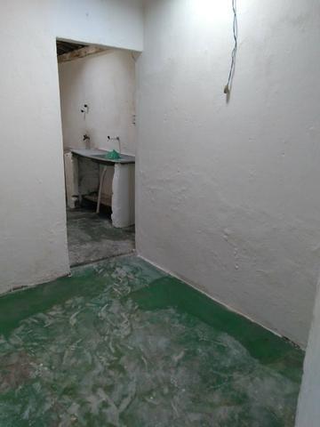 Alugo Casa com 3 quartos, a Suite, Localizada no Dubeuax Leao, Perto do Shopping Patio