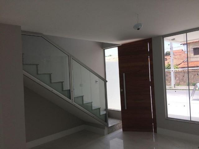Casa de 132 m² com 3 suítes e 2 vagas em Piratininga - Foto 2