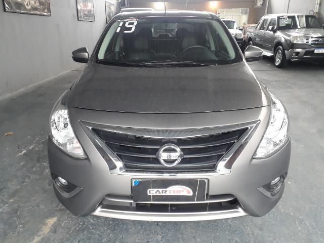 Nissan versa SL 1.6 CVT FLEX C/ 9000 MIL KM