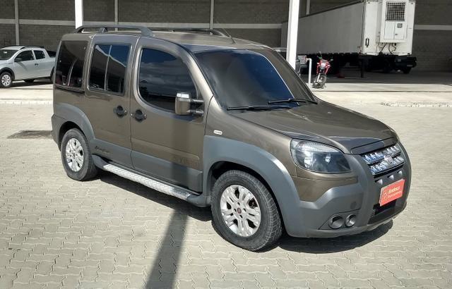 Fiat Doblo adventure 1.8 xingu locker 6 lugares ano 2013