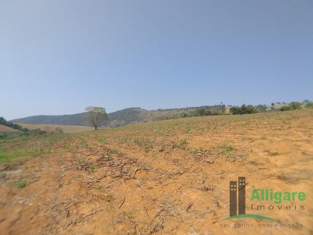 Fazenda Em Pouso Alegre - Foto 7